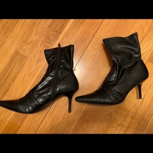Mix It Black Patent Leather Ankle Boots 8.5